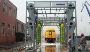 lavado trenes 300x174 - Electricidad y automatización industrial al servicio del lavado de trenes